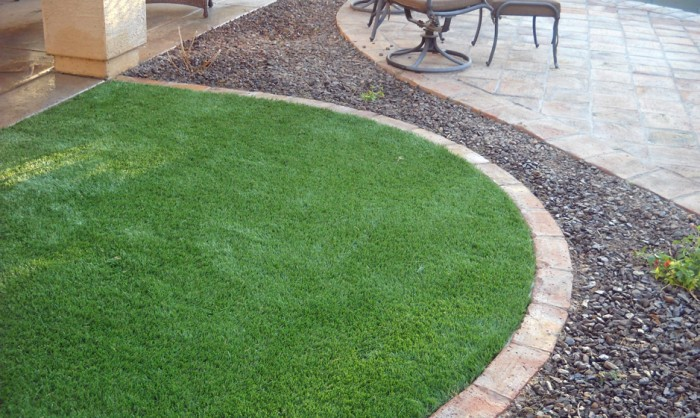 Artificial Grass for Commercial Applications in Corona
